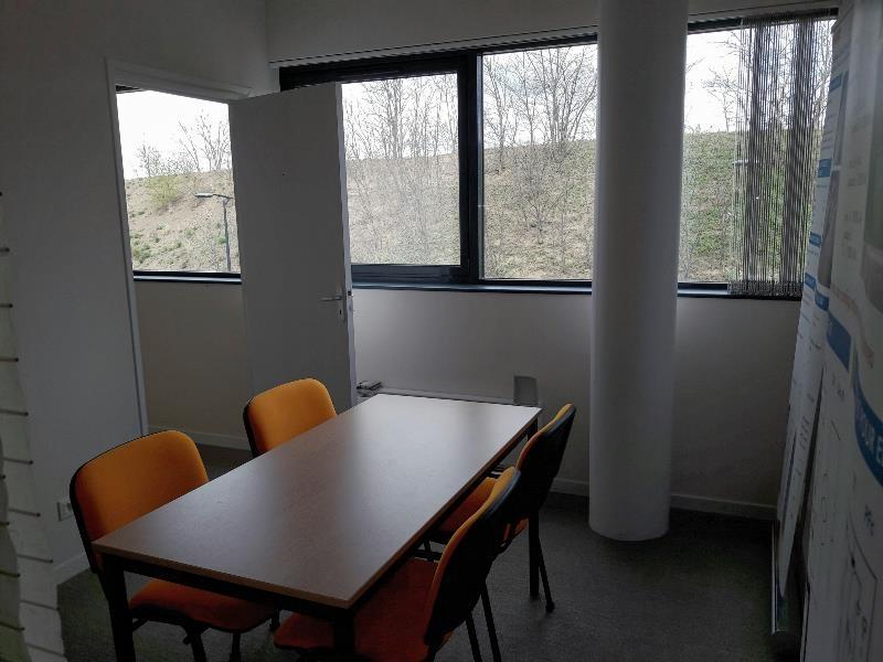 location bureaux cournon d 39 auvergne 63800 44m2. Black Bedroom Furniture Sets. Home Design Ideas