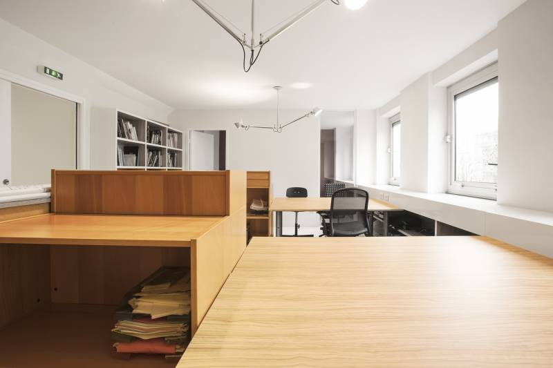location centres d 39 affaires coworking paris 75017 40m2. Black Bedroom Furniture Sets. Home Design Ideas