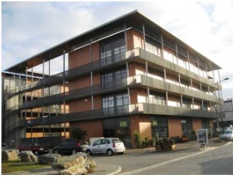 Location locaux d 39 activit s toulouse 31100 130m2 id for Location garage toulouse 31100