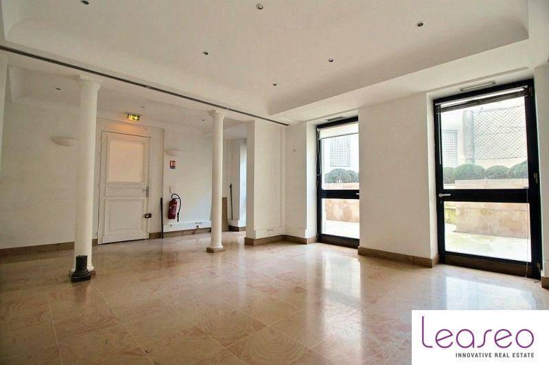 location bureaux paris 1 75001 68m2. Black Bedroom Furniture Sets. Home Design Ideas