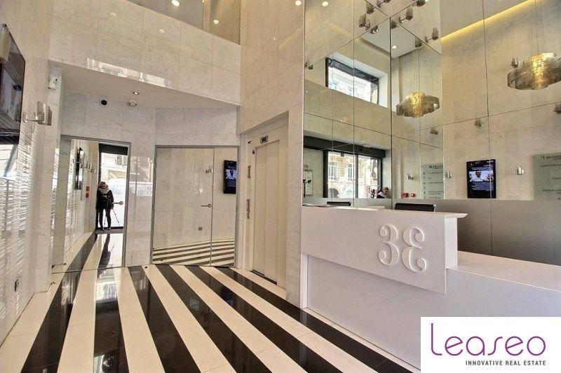 location bureaux paris 75008 262m2. Black Bedroom Furniture Sets. Home Design Ideas