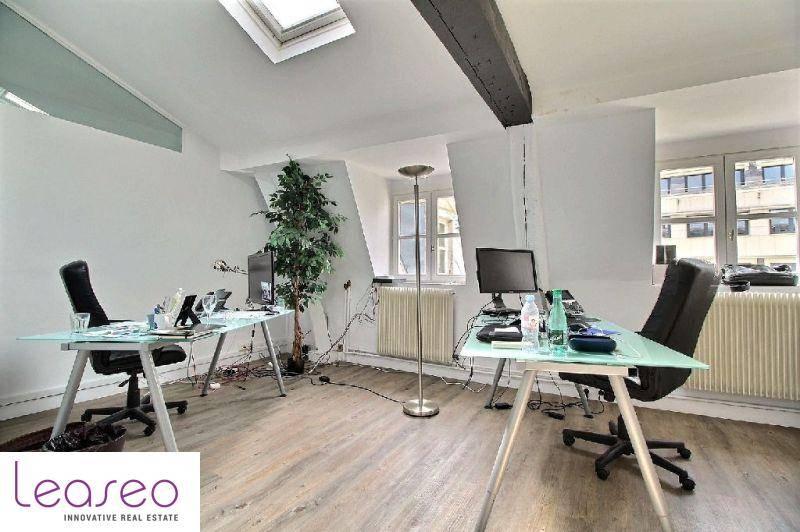 location bureaux paris 75008 130m2. Black Bedroom Furniture Sets. Home Design Ideas