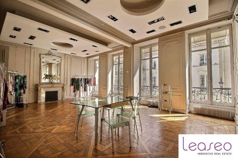 location bureaux paris 8 75008 200m2. Black Bedroom Furniture Sets. Home Design Ideas