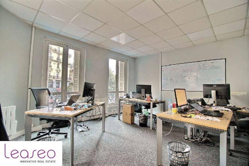 location bureaux paris 9 75009 118m2. Black Bedroom Furniture Sets. Home Design Ideas
