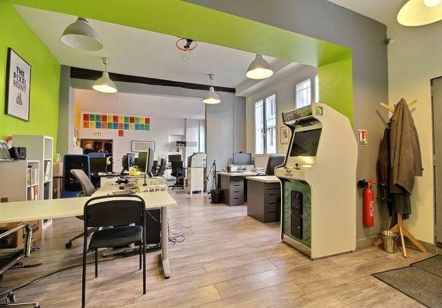 Location bureaux paris 75010 175m2 for Location bureau atypique paris