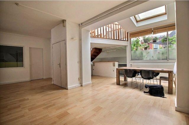 location bureaux paris 75011 85m2. Black Bedroom Furniture Sets. Home Design Ideas