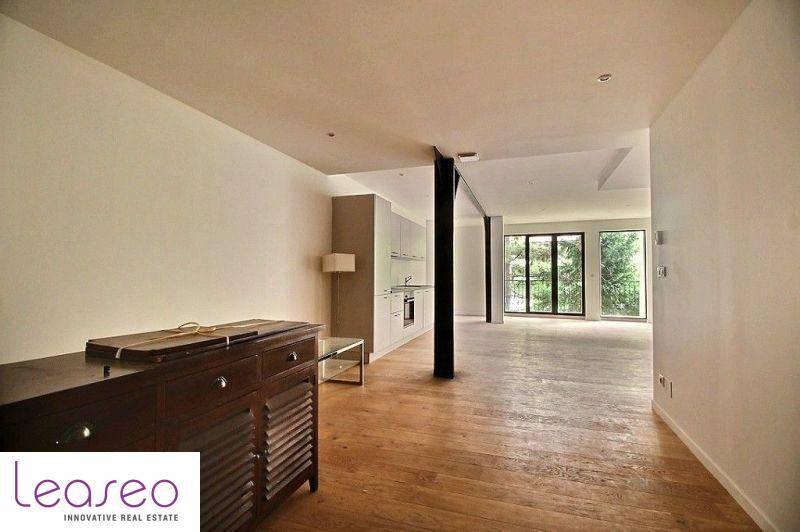 location bureaux paris 75011 88m2. Black Bedroom Furniture Sets. Home Design Ideas