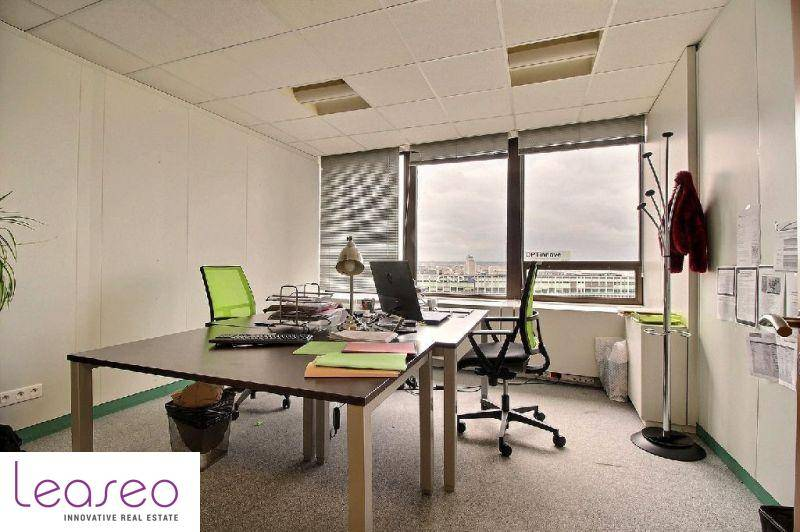 location bureaux paris 15 75015 1 626m2. Black Bedroom Furniture Sets. Home Design Ideas