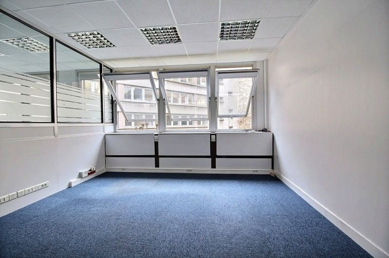 location bureaux paris 75019 391m2. Black Bedroom Furniture Sets. Home Design Ideas