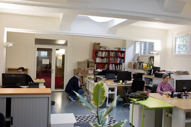 Location coworking paris postes u bureauxlocaux