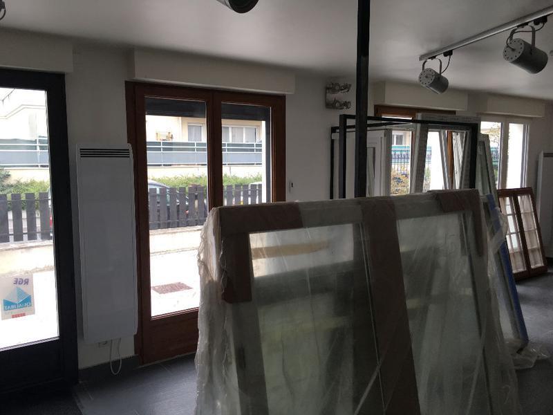 A vendre Local professionnel de 162 m2 à Orly - Photo 1