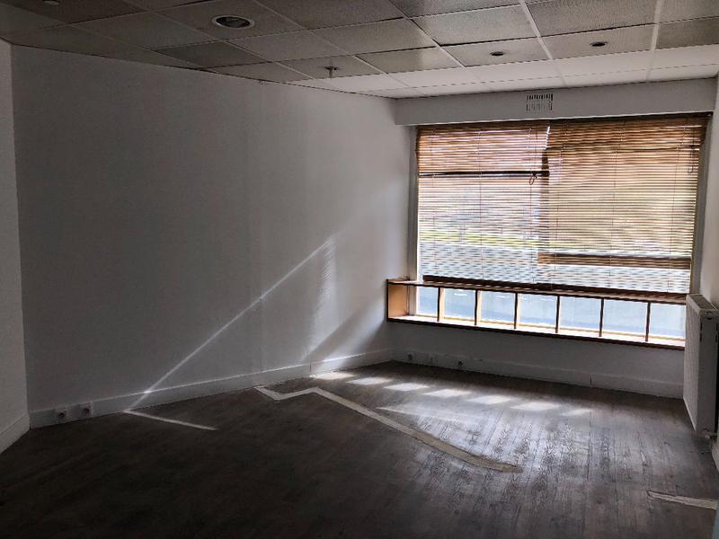 A louer local d'activité de 60 m2 à Créteil préfecture - Photo 1