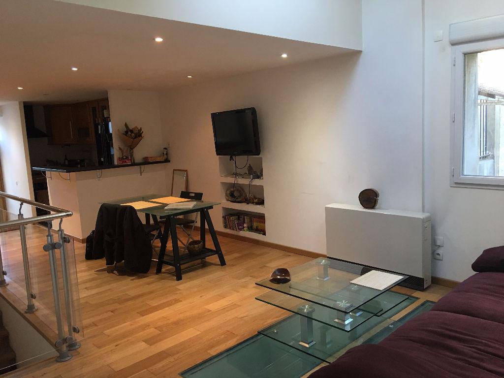 Bureaux Maisons Alfort 105 m2 - Photo 1