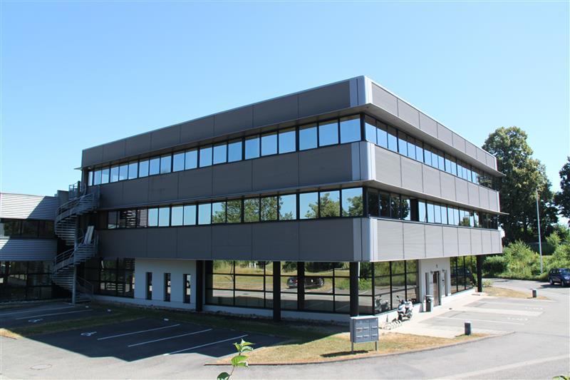 Bureaux à louer à proximité des axes routiers au Nord de Strasbourg - Photo 1