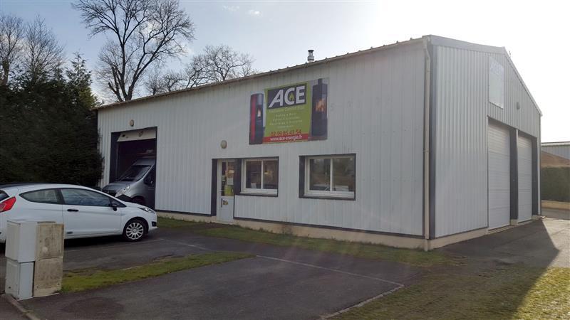 Local d'activités à louer au Nord de Rennes - Photo 1