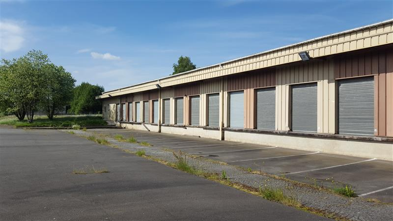Entrepôt à louer ou à vendre au Nord de Rennes - Photo 1