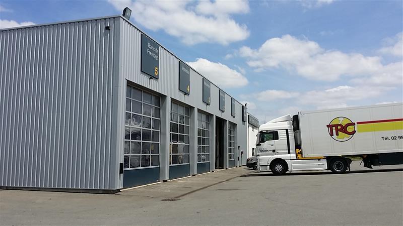 Location Local d'activité 1 358 m², Rennes nord-est - Photo 1