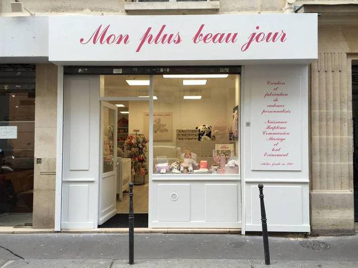 Belle boutique à louer proche Ternes dans environnement commerçant - Photo 1