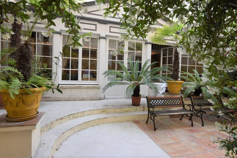 location bureaux paris 2 75002 138m2. Black Bedroom Furniture Sets. Home Design Ideas
