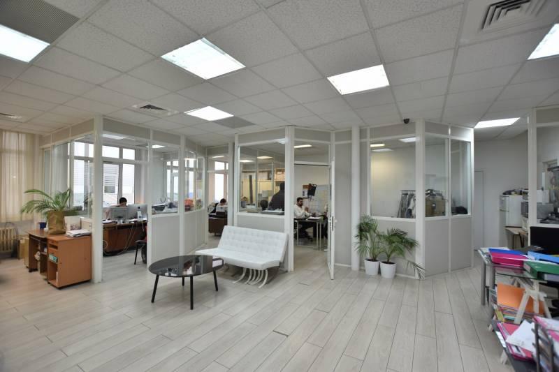 location bureaux paris 3 75003 243m2. Black Bedroom Furniture Sets. Home Design Ideas