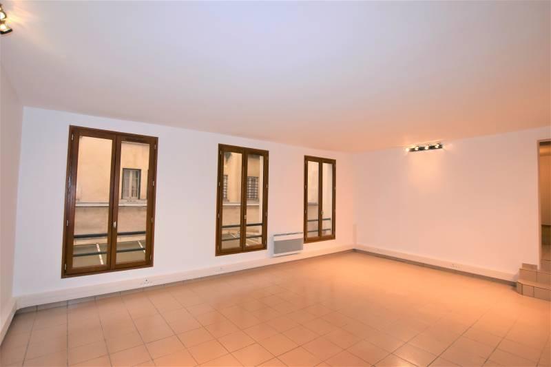 location bureaux paris 12 75012 61m2. Black Bedroom Furniture Sets. Home Design Ideas