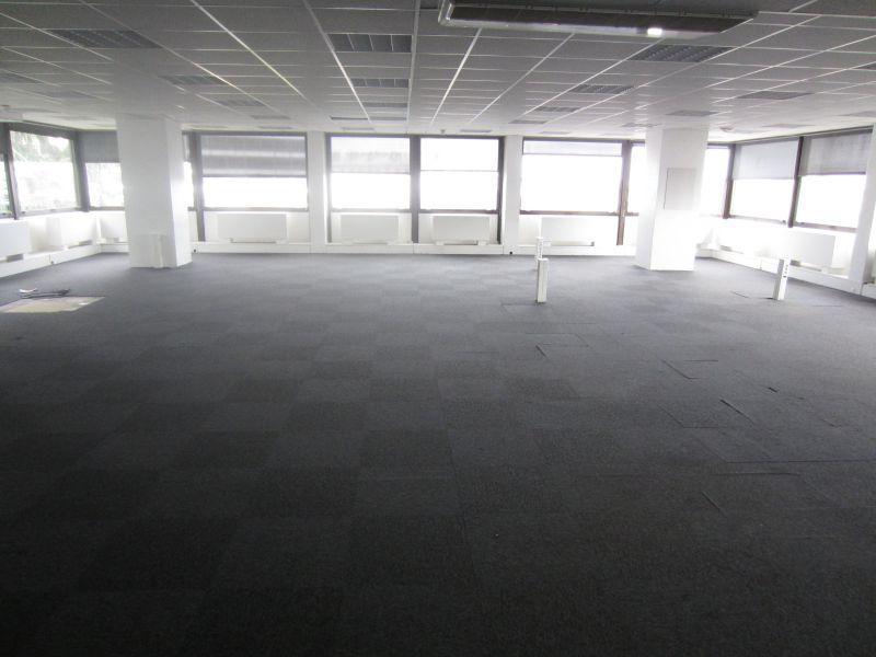 vente bureaux saint cloud 92210 524m2. Black Bedroom Furniture Sets. Home Design Ideas
