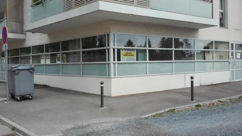 Local professionnel ou commercial vitriné - Proximité MONTCEAU LES MINES / MÂCON - Photo 1