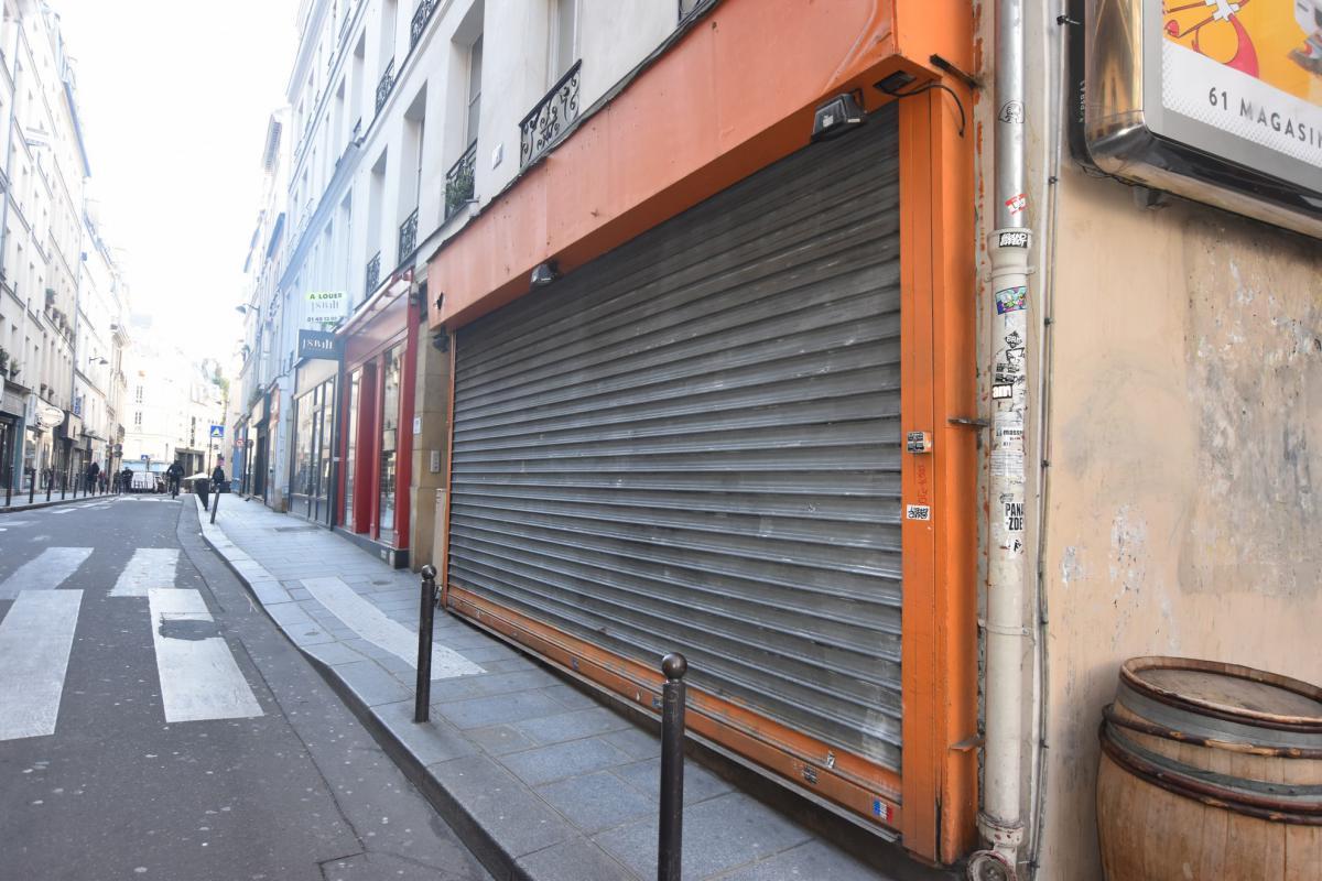 Boutique à louer rue à très fort potentiel commercial - Photo 1