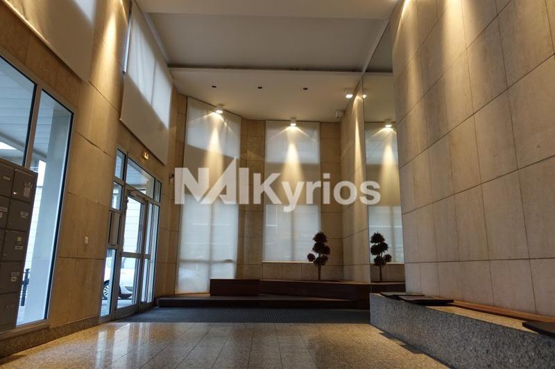 'LES HAUBANS' - A VENDRE/A LOUER - 228 m² de bureaux à Caluire - Photo 1