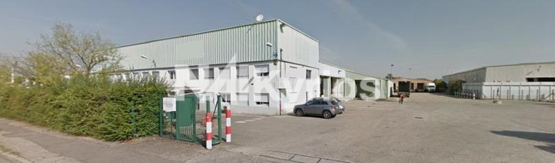 A VENDRE - Local d'activité de 3 895 m² sur terrain de 8 760 m² à Décines - Photo 1