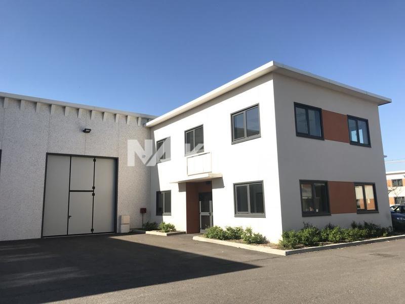 A VENDRE/A LOUER - Locaux d'activités de 373, 622, 922 et 1320 m² à Meyzieu - Photo 1