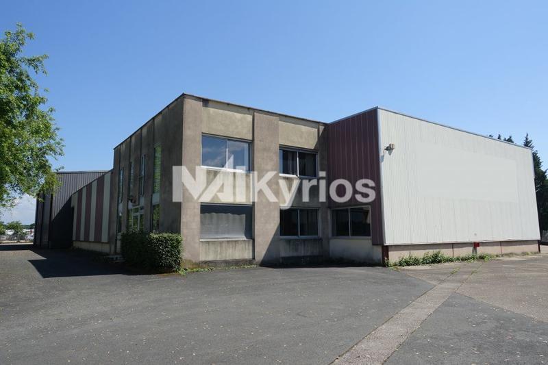 A VENDRE/A LOUER - Site industriel de 2 000 m² sur terrain de 6 133 m² à Replonges - Photo 1