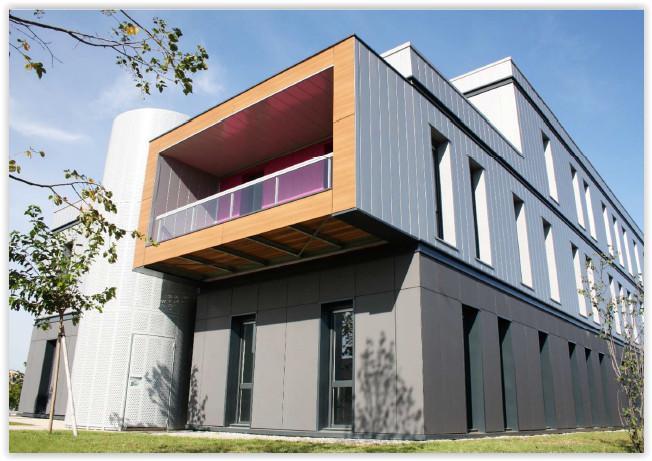 'CAP ARROW'- A LOUER 433 m² de bureaux récents à Pusignan - Photo 1
