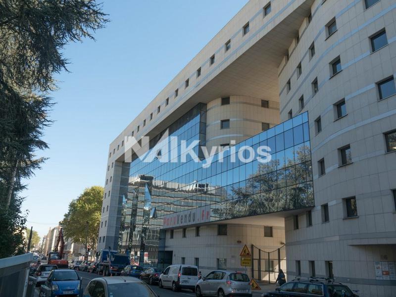 'LA VILLARDIERE' - A LOUER 66 m² de bureaux à Lyon 3 - Photo 1