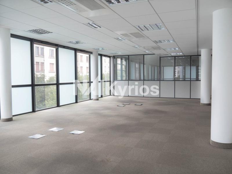 'LE JEAN JAURES' - A LOUER 248 m² de bureaux à Lyon 7 - Photo 1
