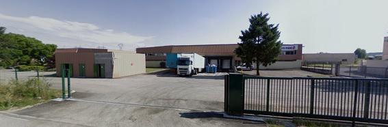 A LOUER Local d'activité de 1 620 m² à Meyzieu - Photo 1