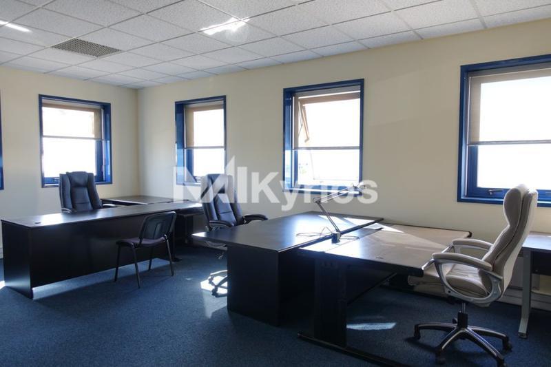 'Espace Mi-Plaine' - A VENDRE/A LOUER - 50 m² de bureaux à Chassieu - Photo 1