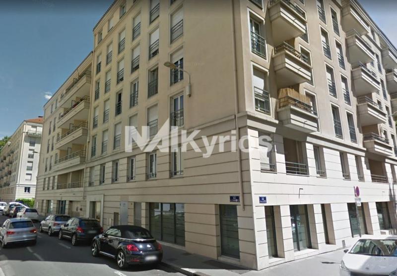A LOUER Bureaux de 85 m² en étage élevé à Lyon 3 - Photo 1