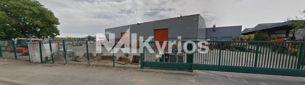 A LOUER - Bâtiment industriel de 2 640 m² sur terrain de 5 302 m² div. à partir de 420 m² à Chassieu - Photo 1