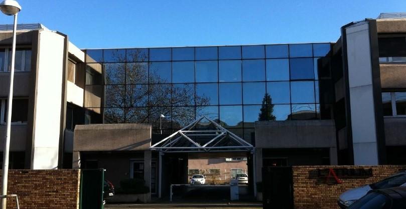 'NEO' A LOUER - 893 m² de bureaux div. à partir de 137 m² à Bron - Photo 1