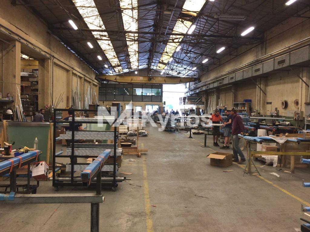 A VENDRE - Local d'activité de 2 120 m² sur terrain de 4 900 m² à Fontaines sur Saône - Photo 1