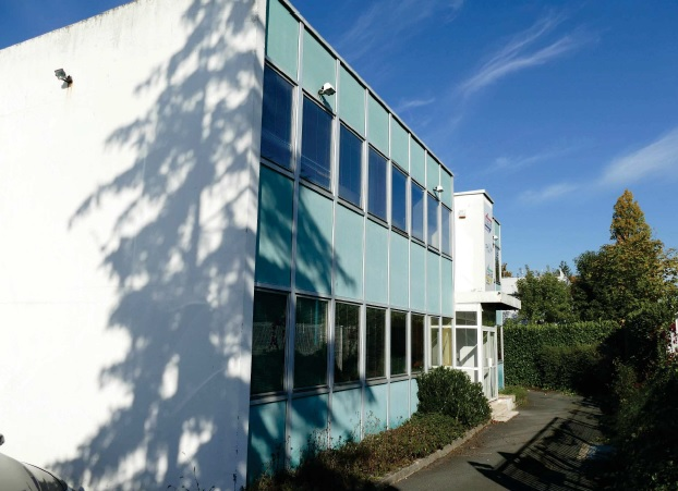 A VENDRE/A LOUER - Local d'activité de 1 000 m² sur un terrain de 1 700 m² à Dardilly - Photo 1