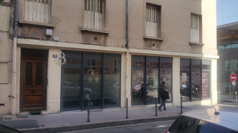 Commerce ou bureau proximité gare & métro - Photo 1