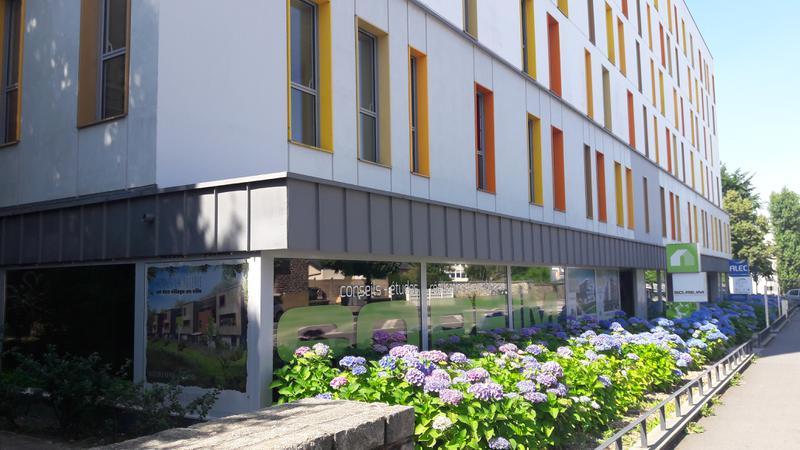Bureaux avec vitrines - Photo 1