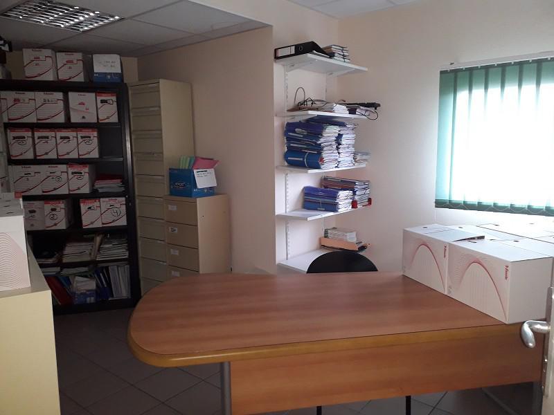 Location Bureaux Desertines 03630 - Photo 1