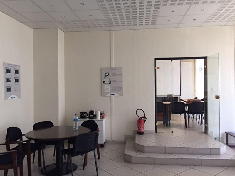LYON 7° - Proximité Métro Debourg - Bureaux en rdc à vendre 173m² + 2 box en s/sol - Photo 1