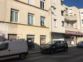 Caluire-Grande Rue de St Clair - Local à céder de 47 m² - Photo 1