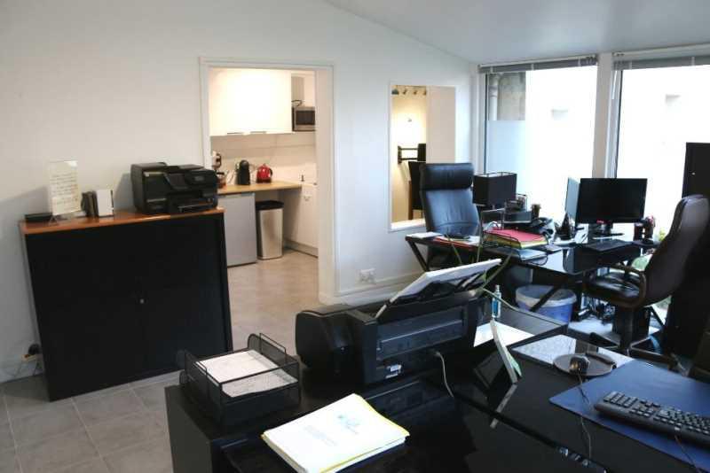 A LOUER, Petite surface de bureaux avec jardin - Photo 1