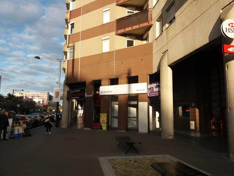 Location Commerces Montigny Le Bretonneux 78180 - Photo 1