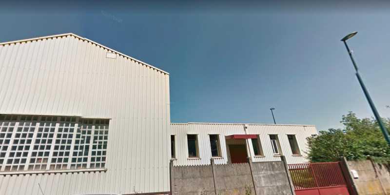 A VENDRE, Batiment indépendant avec logement de fonction - Photo 1